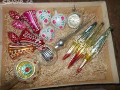 BAŇKY STARÉ -RŮZNÉ,SNĚHULÁCI,KOULE atd.atd. - obrázek číslo 15 Vintage Christmas, Ornaments, Nostalgia, Decorations, Ornament, Old Fashioned Christmas, Retro Christmas, Decor