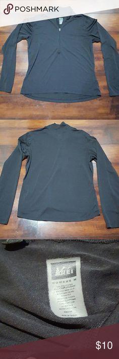 Women's black REI zip up, size medium Women's black REI half zip light weight long sleeve. Size medium REI Tops Tees - Long Sleeve