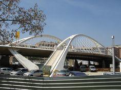 Santiago Calatrava - Bach de Roda-Felipe II Bridge Barcelona Spain 1984-1987