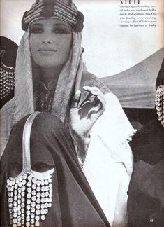 Arabian Women, Arabian Beauty, Aesthetic Indie, Bad Girl Aesthetic, Saudi Arabia Culture, Horse Clipping, Arab Swag, Arab Fashion, Ethnic Fashion