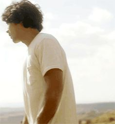 Bob Morley -(Bellamy Blake) #omg his hair in the wind    #the100 #bob morley #bellamy