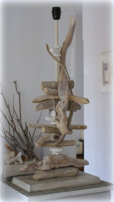 Lamps Design Painting - - Lamps Photography Night - - - Old Lamps Art Driftwood Lamp, Driftwood Projects, Driftwood Sculpture, Wood Lamps, Rustic Lamps, Seashell Art, Seashell Crafts, Shabby Chic Lamps, Stick Art