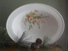 CLEARANCE.......Edwin Knowles Semi Vitreous China Co, KNO88 Pattern, Veggie Dish, Flower Dish