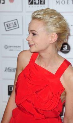 Carey Mulligans blonde, updo hairstyle