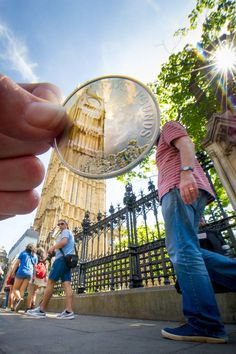 London landmarks, including Tower Bridge and Buckingham Palace, feature on shiny new coins that clink in your pocket rather than packing your wallet. To mark the launch of the designs, the. London Landmarks, Famous Landmarks, Then And Now Photos, Beautiful London, I Want To Travel, Natural Phenomena, London Calling, Photo Reference, Buckingham Palace