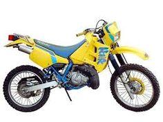 """Résultat de recherche d'images pour """"suzuki 125 TS"""" Motorcross Bike, Motorcycle, Vehicles, Sculptures, Usa, Board, Cars Motorcycles, Motorbikes, Places"""