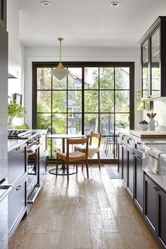 BEFORE & AFTER: The Complete Renovation of Victorian House by Designer Joel Bray – Home and Abode Source by oliviermino Home Decor Kitchen, Kitchen Interior, Home Interior Design, Home Kitchens, Architecture Renovation, Home Renovation, Home Remodeling, Galley Kitchen Design, Kitchen Layout