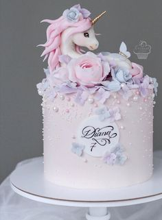 Girly Birthday Cakes, Baby Girl Birthday Cake, Girly Cakes, Baby Girl Cakes, Beautiful Birthday Cakes, Beautiful Cake Designs, Beautiful Cakes, Pretty Cakes, Cute Cakes
