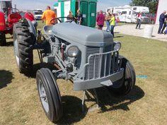 Ferguson 30 tractor  I like the front bumper