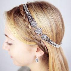 LOVE this snowflake headband!!! So pretty! Snowflake + Crystal Stretch Headband   Chloe + Isabel