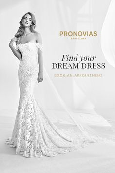 Meet Rani dress from the Atelier Pronovias 2018 Preview Collection, a flattering mermaid silhouette gown in tulle and floral appliqués in thread embroidery. To find your dream dress at your nearest store, book an appointment on our website today!