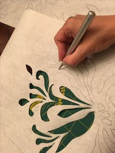 Gordana Brelih, making a stencil using the Alabama Chanin design