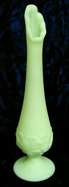 FENTON Lily of the Valley bud VASE Vaseline Glass SATIN light Key Lime Green