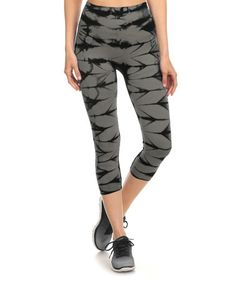 Love this Charcoal & Black Tie-Dye Seamless Capri Active Pants on #zulily…