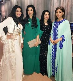 "482 mentions J'aime, 2 commentaires - fashion in the Arab world (@fashion_in_the_arab_world) sur Instagram: ""#fashion#in#the#arab#world#morocco#moroccan#ksa#uae#bahrain#kowait#qatar#oman#iraq#jordan#Lebanon#syria#turkey#chic#elegant#ladies#fabulous#caftans…"""