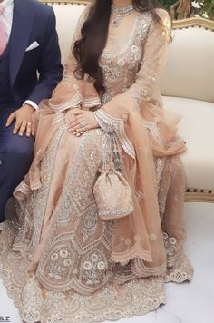 Asian Bridal Dresses, Pakistani Wedding Dresses, Pakistani Suits, Wedding Outfits, Dress Wedding, Wedding Ring, Pakistani Culture, Nikkah Dress, Engagement Dresses