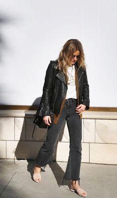 Esta fashion blogger tiene un estilo clásico, y a través de los detalles y la actitud logra transformar algo simple en el outfit perfecto!