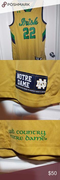 49ed82c01 Notre Dame Fighting Irish Basketball Jersey This is a New With Tags Notre  Dame Fighting Irish