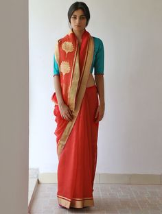Raw Mango Scarlet Draupadi Chanderi & Zari Saree Pinned by Sujayita Indian Attire, Indian Wear, Indian Dresses, Indian Outfits, Indian Colours, Indian Textiles, Indian Sarees, Pakistani, Traditional Sarees