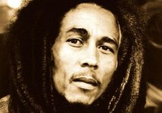 65 years ago one of my favorites singers was born, the legend: Robert Nesta Marley aka Bob Marley. In Bob's messages of peace, love and harmony he tries Bob Marley Legend, Bob Marley Day, Bob Marley Quotes, Marley Movie, Damian Marley, One Love Lyrics, Michael Jackson, Genre Musical, Video Show