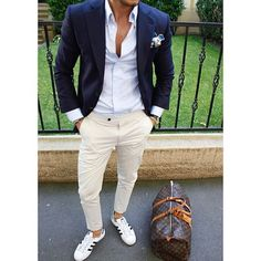 Adidas men style tips, how to look classy, smart casual men, stylish men, m Smart Casual Men, Stylish Men, Mens Fashion Suits, Mens Suits, Blazer Outfits Men, Casual Outfits, Mode Man, Herren Outfit, Mode Masculine