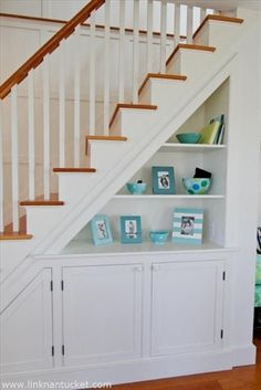 Creative Ways To Use Space Under Stairs Full Creative Ways To Use The Space Under Your Stairs Home Creative Ways To Use Staircase Space - prlinkdirectory Stair Shelves, Staircase Storage, Basement Storage, Under Stair Storage, Hallway Storage, Bookshelves, Bookcase, Space Under Stairs, Under Staircase Ideas