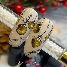 Creative Nail Designs, Creative Nails, Xmas Nails, Christmas Nails, Mani Pedi, Pedicure, Ikea Baby Nursery, Nail Art Noel, Illustration Noel