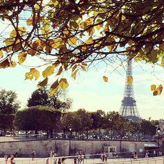#vanesarey #paris #travel #eiffle #tower