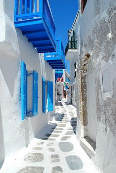 Mykonos, Greece I would LOVE to go to Greece and who doesn't love white and blue together. So clean and beautiful.