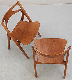 """328657. STOL, """"Savbukkestolen"""" Hans J Wegner, 1900-talets mitt. – Bukowskis Market"""