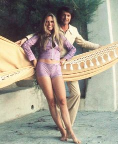 Afbeeldingsresultaat voor bridget bardot at 40 Bridget Bardot, Bardot Brigitte, Jane Birkin, Sharon Tate, Looks Street Style, Classic Movie Stars, Actrices Hollywood, Ringo Starr, Mode Vintage