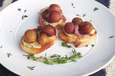 This vegan crostini recipe is topped with a rich, dairy-free ricotta spread and a balsamic tapenade of roasted grapes and onions. Gluten-free optional.