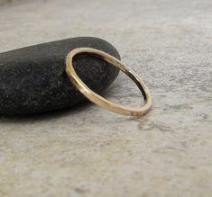 Gold Wedding Band Simple Gold Wedding Ring Stacking door GoldSmack