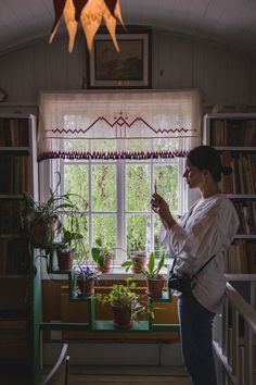 The cultural journey in Dalarna day 2 - Lilla Hyttnäs and Tällberg Carl Larsson, Valance Curtains, Sweet Home, Arts And Crafts, Day, Inspiration, Journey, Design, Home Decor