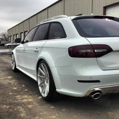 Audi Allroad Lowered with staggered fitment Vw Wagon, Audi Wagon, Wagon Cars, Audi Cars, Allroad Audi, A4 Avant, Sports Wagon, Audi S4, Cars