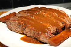Párolt marhaszegy egészben sütve - Nemzeti ételek, receptekkeresés Wok, Meatloaf, Cooking Recipes, Tasty, Beef, Meals, Dishes, Cook Books, Meat