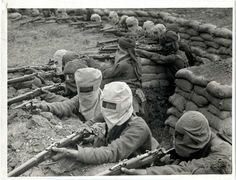 indian-infantry-digging-trenches-prepared-against-gas-attack.jpg