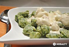 Do you like to enjoy fine gnocchi or chicken? - Do you like to enjoy fine gnocchi or chicken? In this recipe you have it at once, but gnocchi are e - Meat Recipes, Vegetarian Recipes, Chicken Recipes, Healthy Recipes, Gnocchi Recipes, Hungarian Recipes, Hungarian Food, Vegas, Food Inspiration