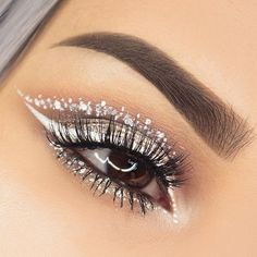 """same look as my previous look but I added some white kinda dots inspired by ❄️ Eyeshadow by Vanilla, Paper Doll, Pearl Gem Sparkles in """"Zirconia"""" Liquid White Eyeliner by Lashes in """"Sherin"""" by White Eyeliner Makeup, White Eyeshadow, White Makeup, Eyeshadow Makeup, White Eyeliner Looks, Eyeshadow Guide, Eyebrow Makeup, Makeup Geek, Eyeshadows"""