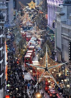 Christmas in Oxford street, London   It is EXACTLY like this for Christmas...so busy, but so much fun!
