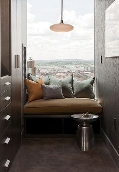 window seat inspiration (via desire to inspire - Terrat Elms)