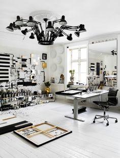 Home Office Interior Design Art Studio Design, My Art Studio, Deco Design, Studio Ideas, Design Room, Painting Studio, Design Design, Studio Lamp, Small Studio