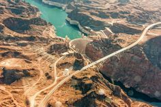 """""""Hoover Dam aerial view"""" from César Viteri Ramirez by Calm - style your new tab"""