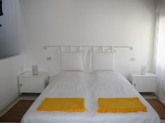 Charming Townhouse to rent in GARGNANO at Lake Garda - at the lake + in the city center:  5 floors = 5rooms (3 bedrooms + 3 bathrooms for 6 people)  4th floor: bedroom III with bathroom   http://www.homeaway.com/vacation-rental/p517391