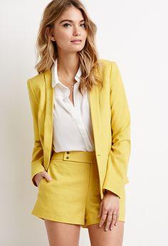 Bright bold suit | theglitterguide.com