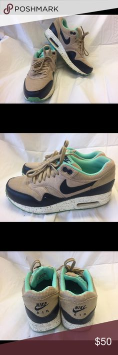 timeless design a1cdb 744b6 Nike air max nike air max selling becaus it is too small for me Nike Shoes  Sneakers