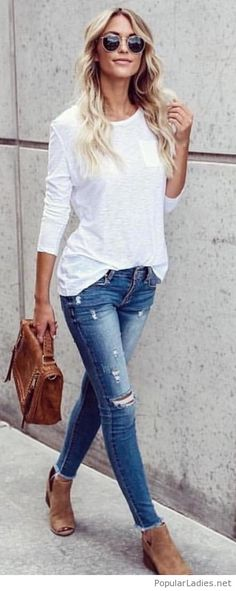 A simple style with white blouse and blue jeans