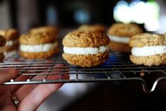 oatmeal whoopie pies - says they taste exactly like Little Debbie oatmeal creme pies when you use marshmallow fluff