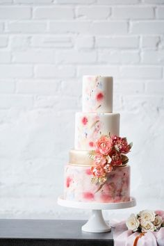 Watercolor Wedding Inspo in Copper, Blush & Serenity | The Perfect Palette Wedding Film, Elegant Wedding, Burgundy Wedding Cake, White Cakes, Amazing Wedding Cakes, Amazing Cakes, Wedding Sweets, Forest Wedding, Garden Wedding