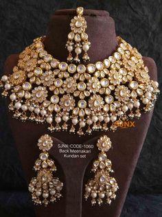 Indian Jewelry Sets, Bridal Jewelry Sets, Bridal Jewellery, Beaded Chocker, Choker, Custom Jewelry, Handmade Jewelry, Beauty Tips For Girls, Gold Jewellery Design